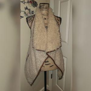 Love Tree beige furry vest with camel trim S